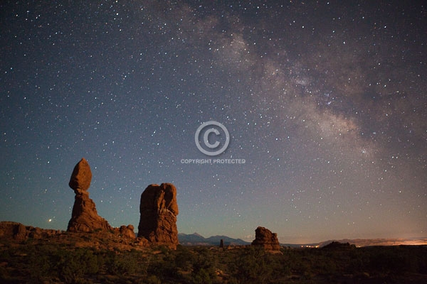 arches national park, balanced rock, colorado plateau, deserts, digital, horizontal, moab, national parks, night, rock formations, stars, summer, the milky way, utah, featured