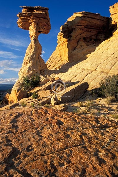 utah, vertical, desert, rock formations, summer, balanced rock, boulder, featured